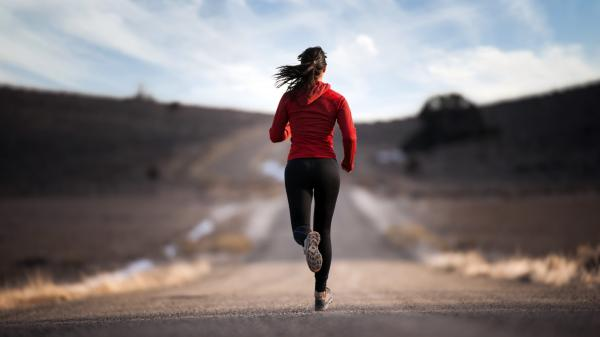 Leading an active lifestyle in your 20s will benefit your brain down the road.