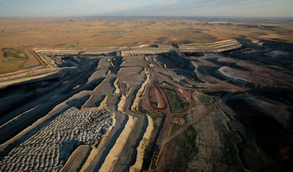 A coal mine in Wyoming's Powder River Basin. Elected officials from the Northwest and beyond want Oregon Gov. John Kitzhaber to stop the Morrow Pacific project, which transfer  Powder River Basin coal to Asia by way of the Columbia River.