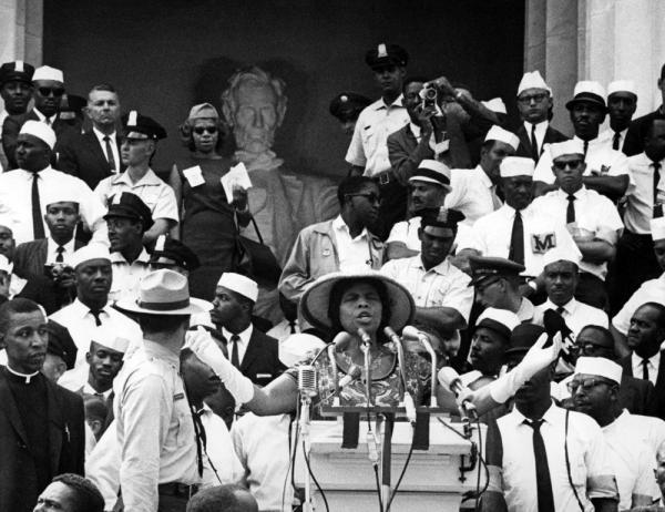 On Aug. 28, 1963, during the March on Washington, Marian Anderson returned to the Lincoln Memorial to sing for an even larger crowd.