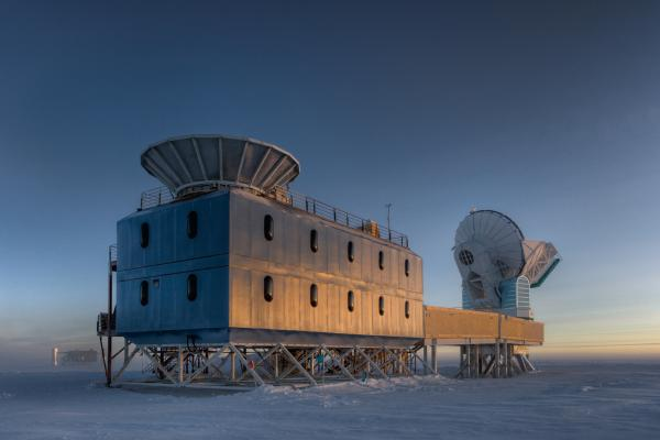 The Dark Sector Lab (DSL), located 3/4 of a mile from the Geographic South Pole, houses the BICEP2 telescope (left) and the South Pole Telescope (right).
