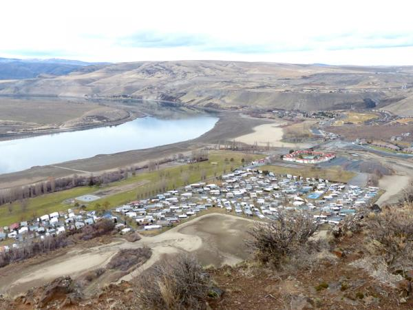 A view of the lowered Columbia River at Crescent Bar near Vantage, Wash.