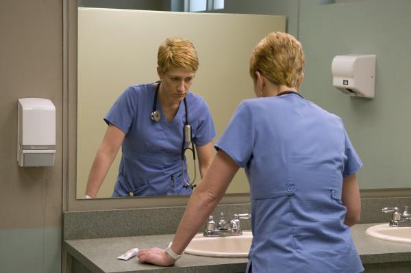 Edie Falco plays ER nurse Jackie Peyton, who is competent at her high-stress job but struggles with addiction. The sixth season of <em>Nurse Jackie </em>starts Sunday on Showtime.