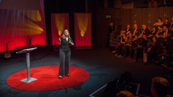 Author Tracy Chevalier explains how she turned a single image into a novel.
