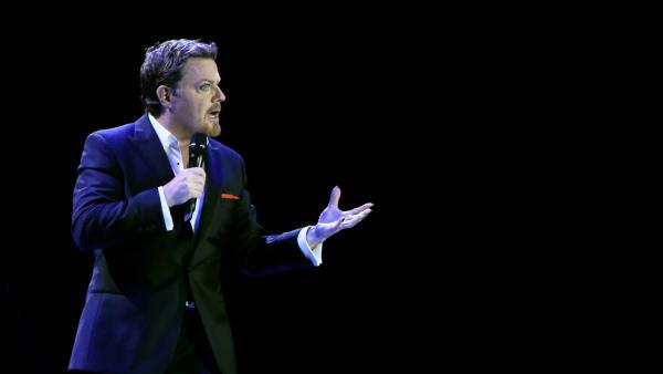 Eddie Izzard is famous for performing in drag — and in French — though he's given up the drag in recent shows. His latest American tour kicks off this week.