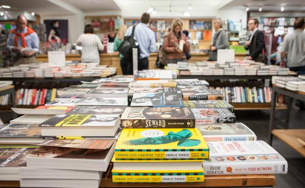 As bookstores both large and small close across the country, Posman Books is about to open its fourth store in Manhattan.