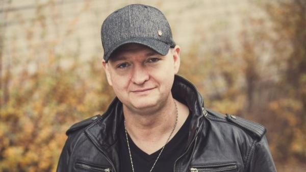 Veteran rave producer DJ Dan appears twice on this week's Metropolis mix.