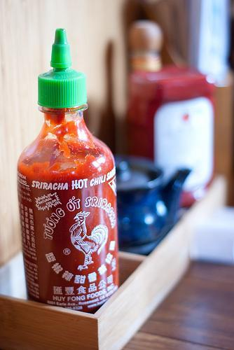 Denton has Sriracha fever -- city officials will meet with leaders of Huy Fong Foods, which makes the popular hot sauce.