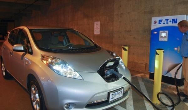 An electric vehcile being recharged. Oregon is joining seven other states in a plan to bring more electric vehicles to roadways. The state focus will be on getting more car dealer involvement and working with utilities.