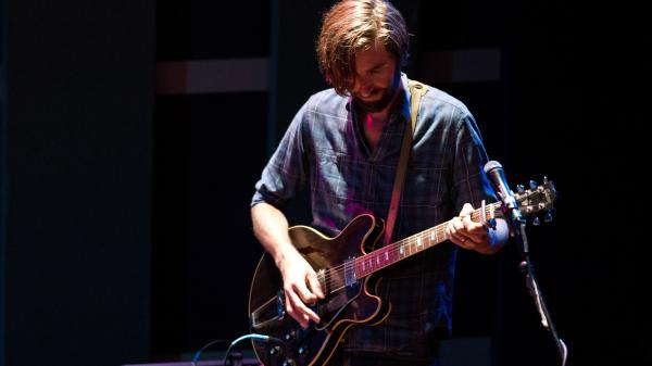 Band of Horses performs songs from their new album <em>Mirage Rock</em> at World Cafe Live in Philadelphia.