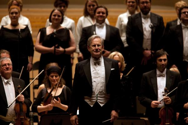 John Eliot Gardiner and his two ensembles, the Orchestre Revolutionnaire et Romantique (ORR) and The Monteverdi Choir, take the stage at Carnegie Hall.