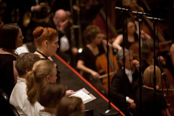 Soprano Elisabeth Meister, watching and listening intently.