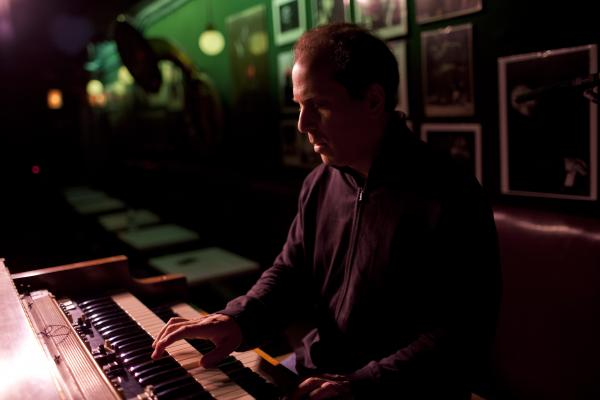 Larry Goldings at soundcheck.