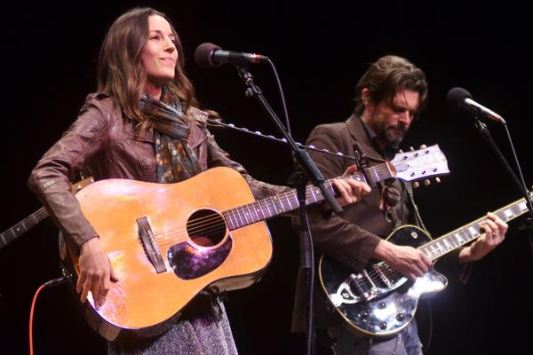 She appears here backed by guitarist Will Sexton, along with the <em>Mountain Stage</em> house band.
