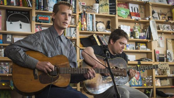 Tom Brosseau performs a Tiny Desk Concert in February 2014.