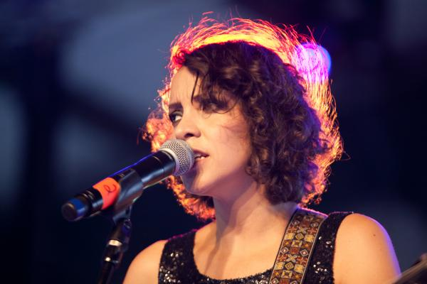 Guatemalan singer Gaby Moreno mesmerizes the Pachanga crowd by performing her one-of-a-kind mix of blues and Latin music.