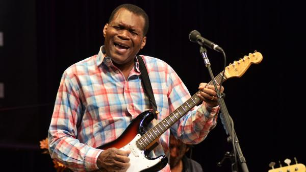 Robert Cray performed live in support of his latest album, <em>In My Soul</em>.