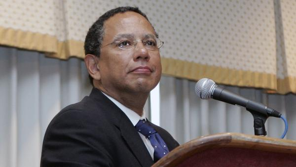 <em>New York Times</em> Executive Editor Dean Baquet, seen in 2006 while serving as editor of the <em>Los Angeles Times,</em> said in an interview with NPR that he doesn't believe his predecessor, Jill Abramson, was fired because of gender.