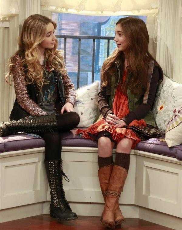 "Rowan Blanchard (right) plays Cory and Topanga's 13-year-old daughter, Riley, and Sabrina Carpenter plays her ""bad"" best friend, Maya, on <em>Girl Meets World.</em>"