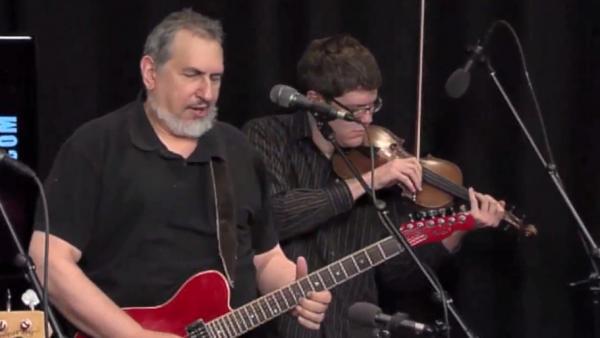 David Bromberg performs on Folk Alley.