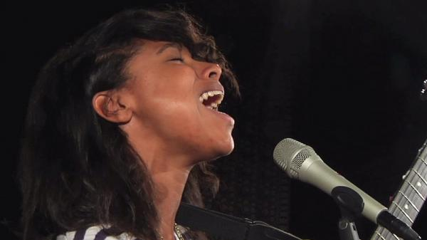 Lianne La Havas performs at WFUV's studios in New York City.