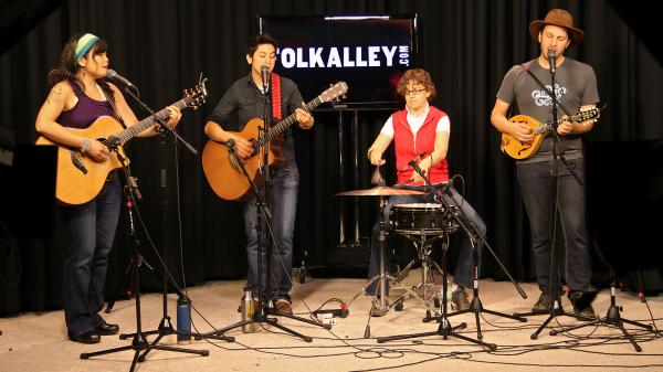 Girlyman performs on Folk Alley.
