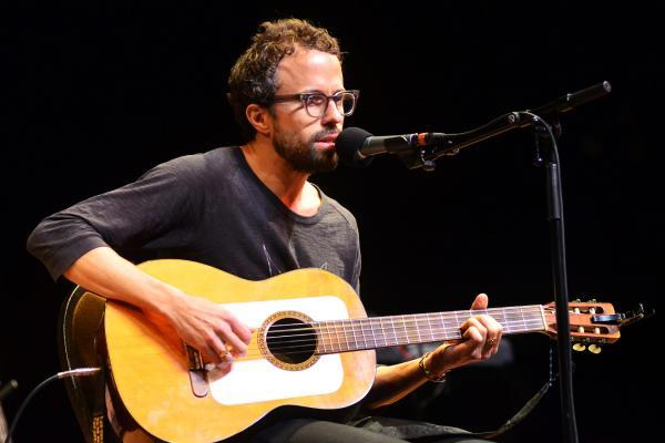 Jesse Harris returns to <em>Mountain Stage</em> with songs from his new album, <em>Sub Rosa</em>.