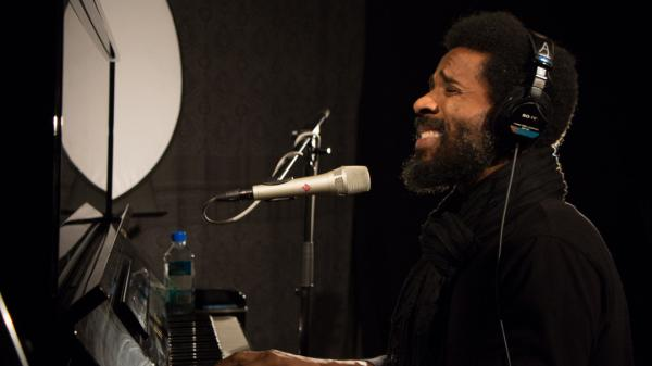 Cody ChesnuTT performs live on WFUV in New York City.
