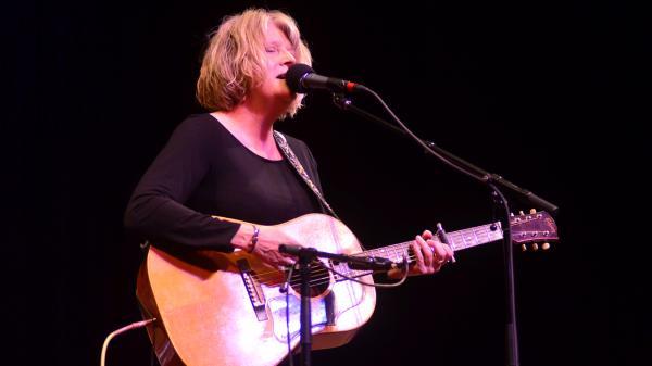 Kim Richey performs live on <em>Mountain Stage</em>.