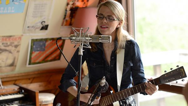 Aofie O'Donovan performs live for Folk Alley.