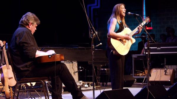 Terri Hendrix (right) performs on Mountain Stage in 2001.