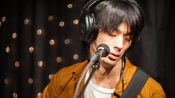 Shugo Tokumaru performs live on KEXP.