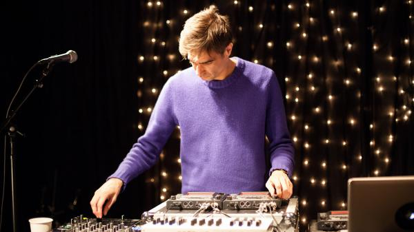 Jon Hopkins performed live on KEXP.