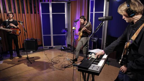 KINS performs live on KCRW.