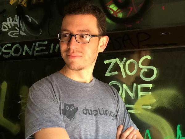 Computer programmer and entrepreneur Luis von Ahn wants you to help translate the web by learning a new language.