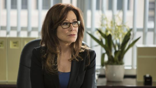 Mary McDonnell stars in <em>Major Crimes</em>, a good solid show that preserves the ensemble created in TNT's more successful drama <em>The Closer</em>.