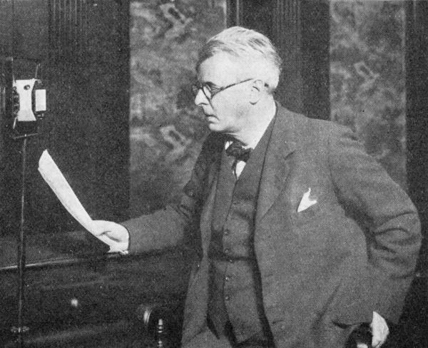 "Irish poet William Butler Yeats makes a recording for the radio. Scroll down to hear him read his poem ""The Lake Isle of Innisfree."""