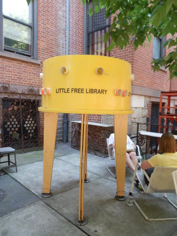 A Little Free Library at Prince St. between Mulberry and Mott St. in New York City. (panda073/Flickr)