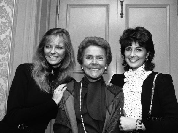 Eileen Ford with two of her famous models, Cheryl Tiegs (left) and Cristina Ferrare, in New York in 1983. Ford died on Wednesday at age 92.