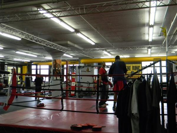 Boxers warm up at The Ring Boxing Club. (Emiko Tamagawa/Here & Now)