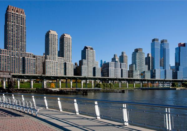 This rendering shows the Extell Development Company's Riverside South project (center), amid Upper West Side skyline in New York City. (extelldev.com)