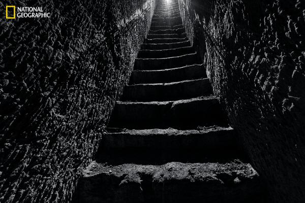 Troops left the relative comfort of an underground quarry via a carved stairway leading up to the trenches. (From the August issue of National Geographic magazine, © Jeffrey Gusky/National Geographic)