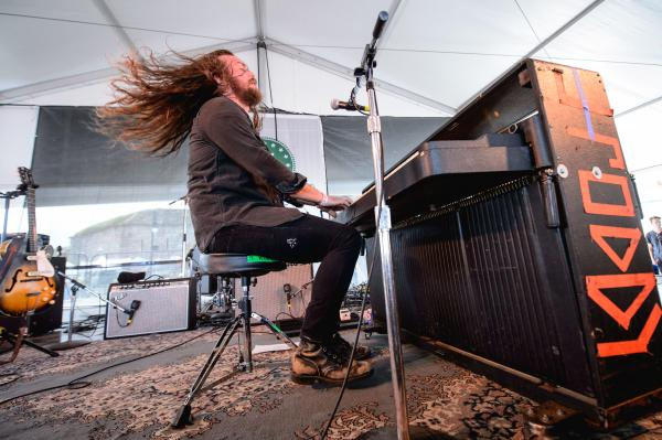 """This <em>is</em> folk music. You gotta get sweaty!"" — J. Roddy Walston & The Business"