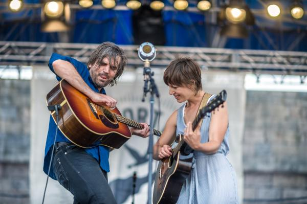 Facing a single mic, Anais Mitchell and Jefferson Hamer played songs from <em>Child Ballads</em>.<br /><br />