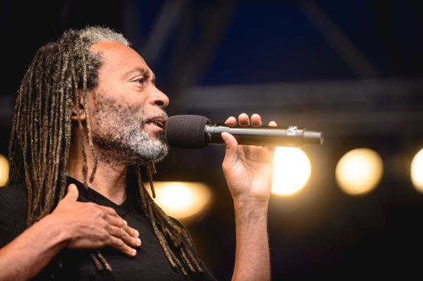 A calm Bobby McFerrin closed the festival, interpreting Negro spirituals with his <em>spirityouall</em> project.
