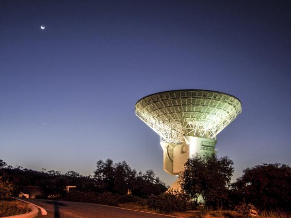 A deep space antenna near Perth, Australia is tracking the Rosetta Spacecraft's approach to the comet 67P/Churyumov-Gerasimenko.
