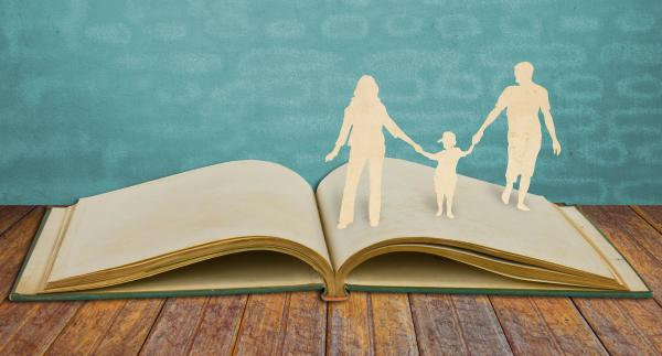 Parents, you're probably doing it wrong (according to all books about parenting).