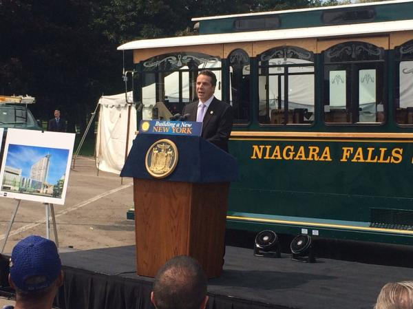 Gov. Cuomo made the Wonder Falls announcement at Niagara Falls State park