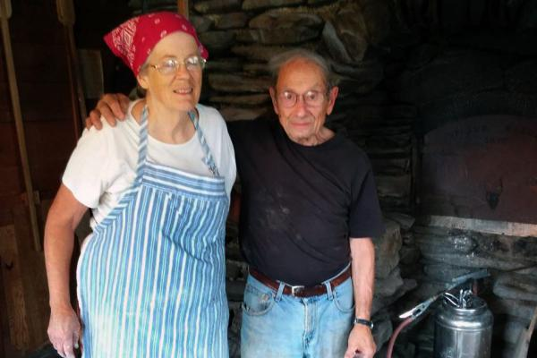 Jules Rabin, 90, and his wife, Helen, 73, have been baking bread in their backyard oven for nearly 40 years.