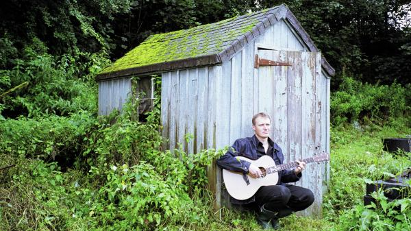 Scottish musician Jim Malcolm is featured in this week's <em>Thistle & Shamrock. </em>