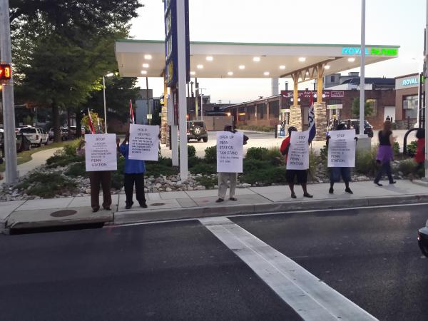 Cab drivers protesting an arrangement between the Horseshoe Casino and Yellow Cab; giving Yellow Cab exclusive access to the casino's taxicab stand.